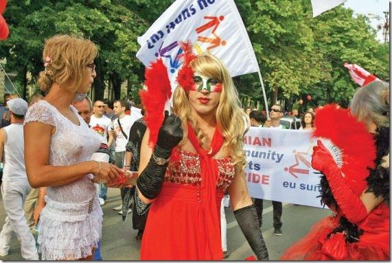78901-0-parada_gay_bucuresti