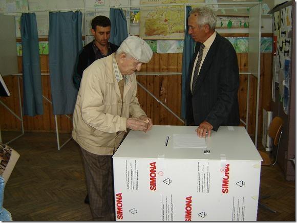 30_31_vot batran urna.thumbnail