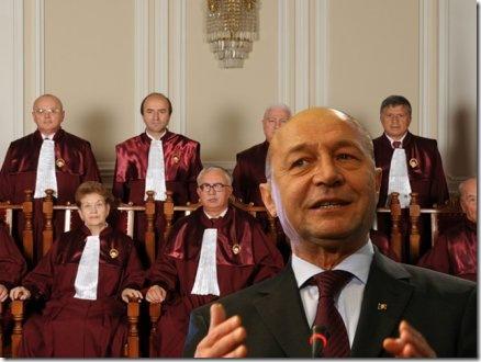 basescu-la-mana-curtii-constitutionale-434x326