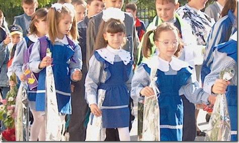 scolari_in_uniforma_22629100
