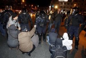 protestinpiatauniversitatiidinbucurestiimaginilezilei14ianuarie20126302084.jpg