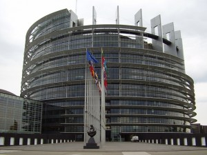 parlamentul_european_1.jpg