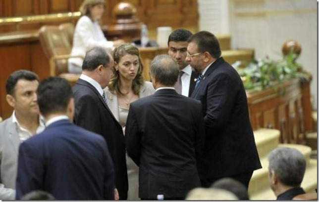 incurajat-de-votul-pentru-ungureanu-in-fruntea-sie-pnl-vrea-sa-darame-guvernul-ponta-312922