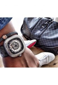 ceas-barbatesc-sevenfriday-watches-mod-p1b-01-skeleton-40-hour-power-reserve